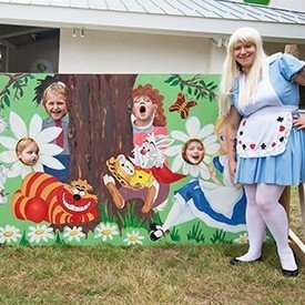 2014-07-10-11-30-15-alice-in-wonderland-fun-day-raises-thousands-for-t-hafan-3491-1-image1.jpg