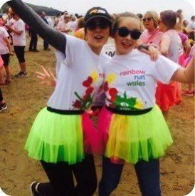 2016-05-13-14-13-43-barry-island-awash-with-colour-for-t-hafan-rainbow-run-4059-1-image1.jpg